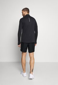 Nike Performance - CHALLENGER - Sports shorts - black/silver - 2