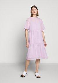Bruuns Bazaar - ARIANA PASSION DRESS - Skjortekjole - purple - 1