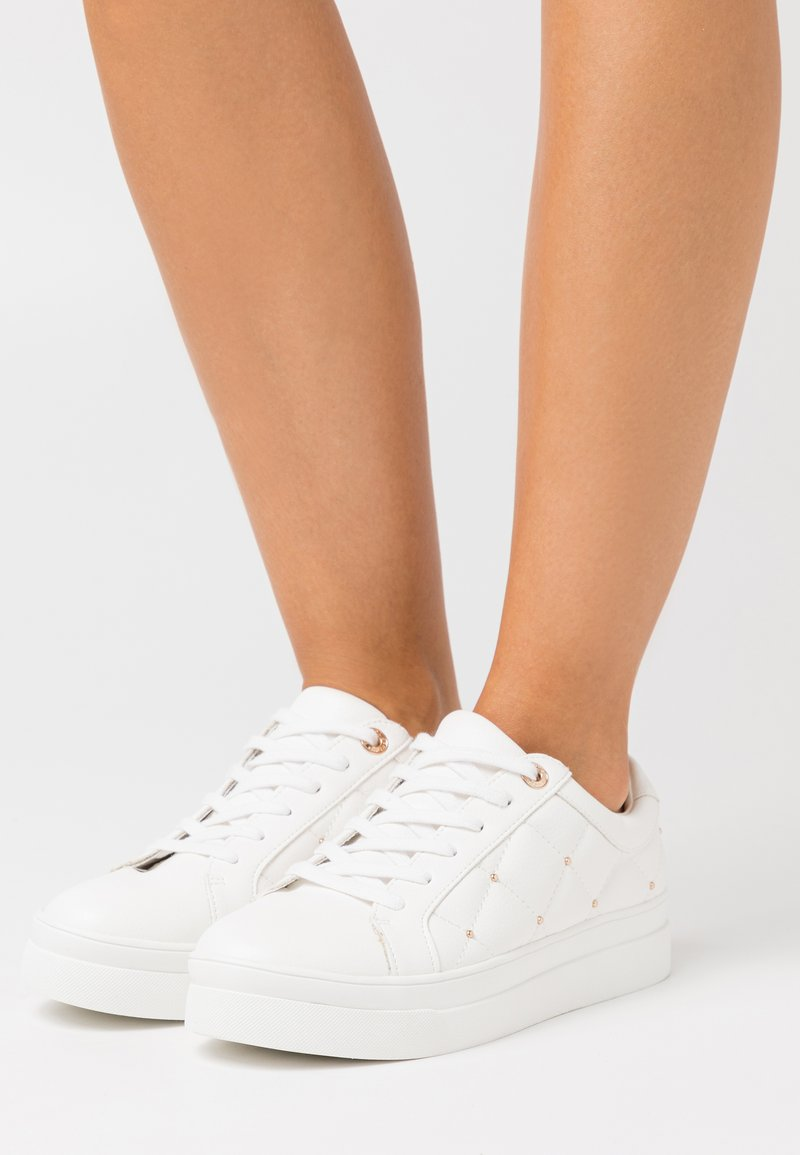 Topshop - COOPER QUILT TOP UP - Sneakers laag - white