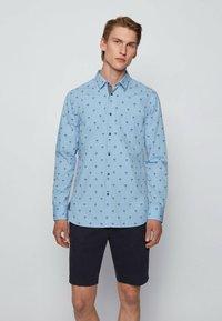 BOSS - MAGNETON - Shirt - open blue - 0