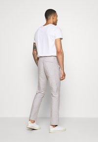 Isaac Dewhirst - PLAIN WEDDING - Oblek - grey - 5