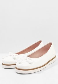 Pretty Ballerinas - SHADE - Baleríny - blanco - 3