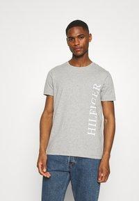 Tommy Hilfiger - LARGE LOGO TEE - Print T-shirt - grey - 0