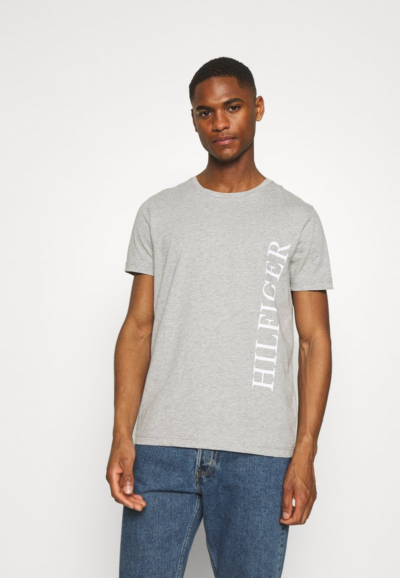 Tommy Hilfiger - LARGE LOGO TEE - Print T-shirt - grey