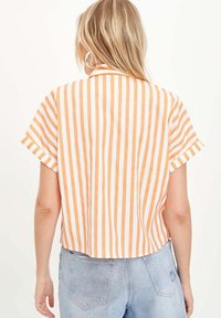 DeFacto - Button-down blouse - orange - 2