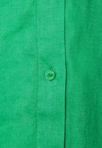 ARKET - Camisa - bright green - 2