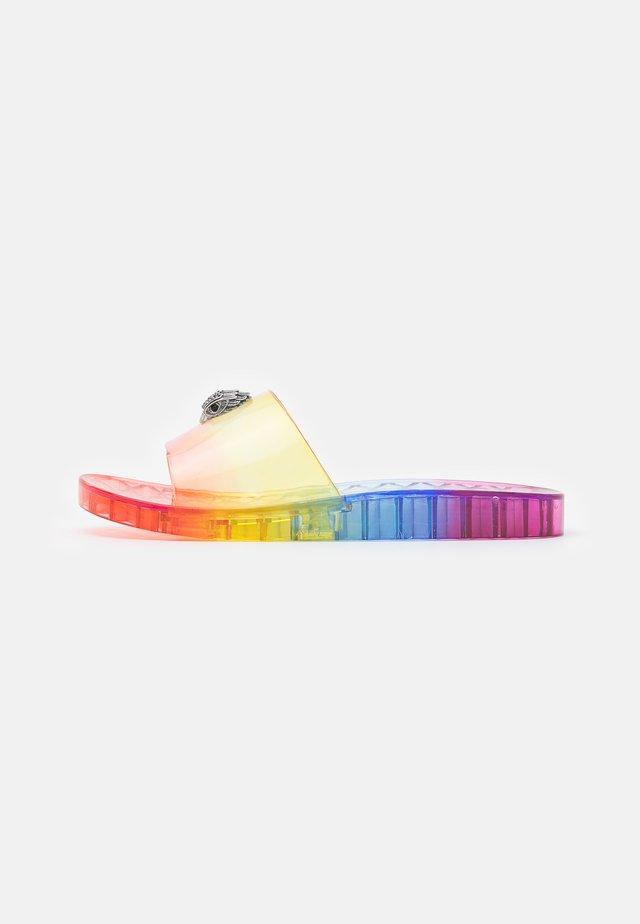 MADDIE RAINBOW - Klapki - multicolor
