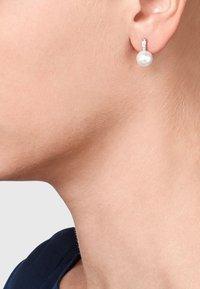 CHRIST - Earrings - nacre - 0