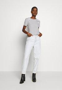 Esprit - Print T-shirt - off white - 1
