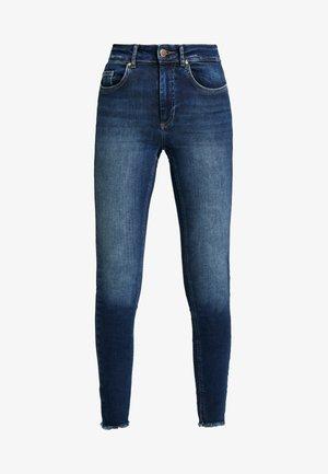 ONLBLUSH RAW REA - Skinny džíny - dark blue denim