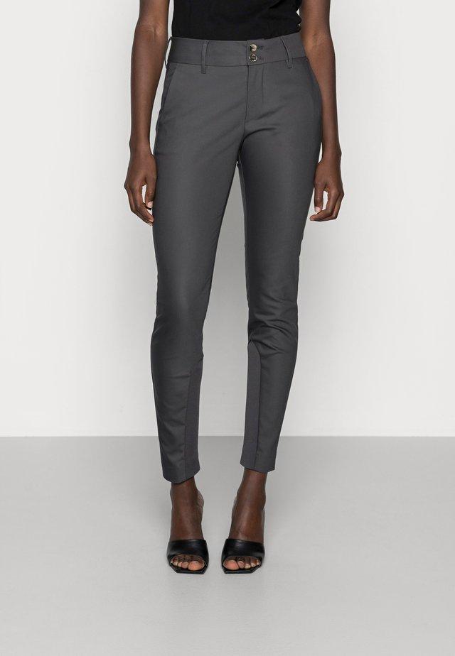 BLAKE NIGHT PANT SUSTAINABLE - Kalhoty - antracite