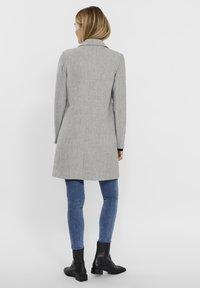 Vero Moda - Manteau court - light grey melange - 1