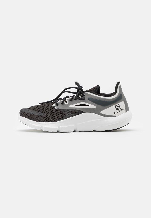 PREDICT MOD - Neutrální běžecké boty - black/white