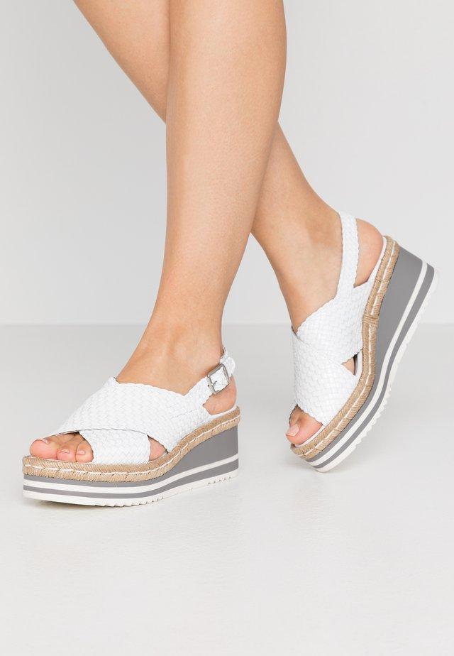 Sandales à plateforme - blanco