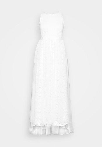 VICARMELA MAXI DRESS - Festklänning - cloud dancer
