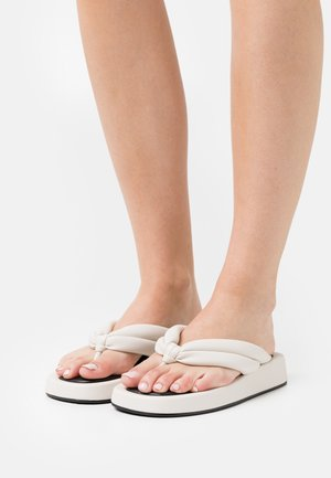 QUILTED TOE STRAP  - Japonki - offwhite