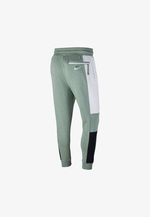 M NSW NIKE AIR PANT FLC - Tracksuit bottoms - silver pine/white/black/white