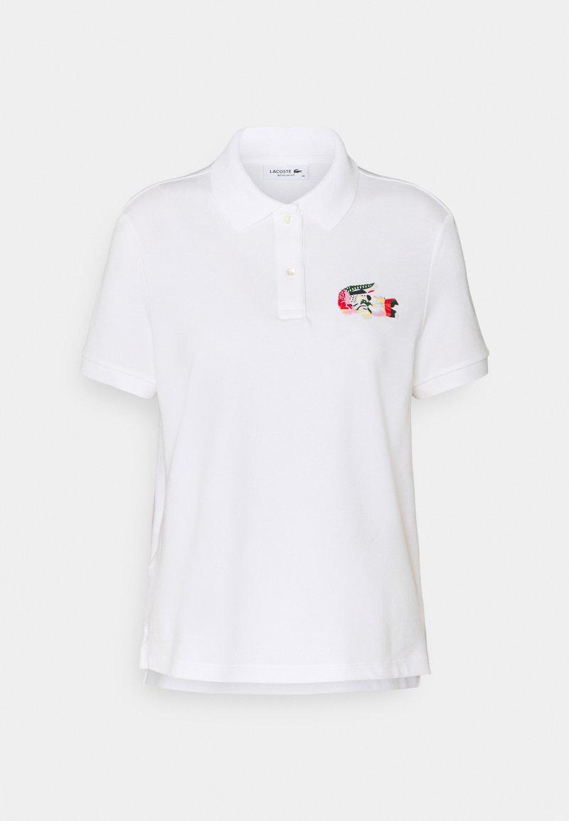 Lacoste - MIT BUNTEM CROC - Polo shirt - blanc