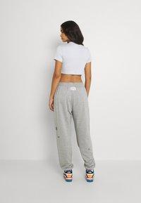 Nike Sportswear - Verryttelyhousut - grey heather - 2