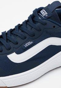 Vans - UA ULTRARANGE EXO - Trainers - dress blues/true white - 5