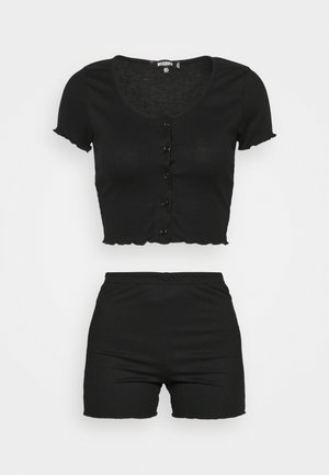 BUTTON THRU CROP AND CYCLE SET - Shorts - black