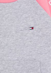 Tommy Hilfiger - BABY COLORBLOCK - Mikina - pink - 2
