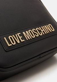Love Moschino - BORSA SMOOTH - Across body bag - black - 4