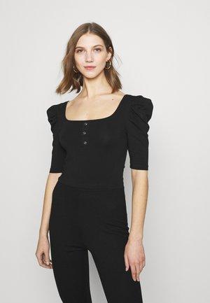 PCJASMINA - Basic T-shirt - black