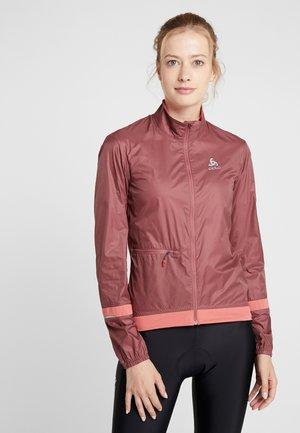 JACKET FUJIN LIGHT - Waterproof jacket - roan rouge/faded rose