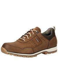 Fretz Men - Sznurowane obuwie sportowe - espresso - 2