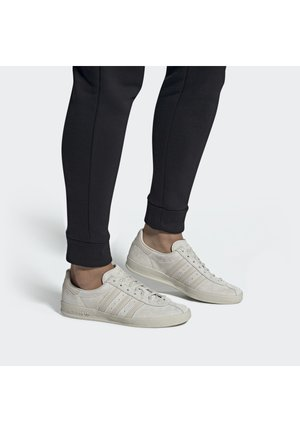 BROOMFIELD - Sneaker low - rawwht/cbrown/goldmt