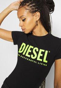 Diesel - BODYTEE BODY - T-shirt con stampa - black - 5