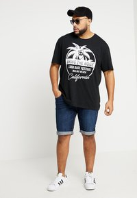 INDICODE JEANS - KADEN PLUS - Denim shorts - blue - 1