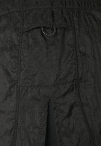 Nike Performance - RUN TEMPO LUXE  - Sports shorts - black - 5