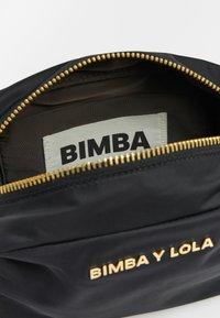 Bimba Y Lola - Across body bag - black - 4