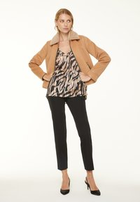 comma - Blouse - black zebra lines - 1
