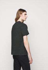 The Kooples - Printtipaita - black washed - 2