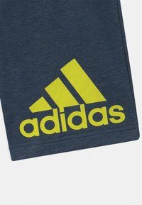adidas Performance - UNISEX - Sportovní kraťasy - dark blue/neon yellow - 2