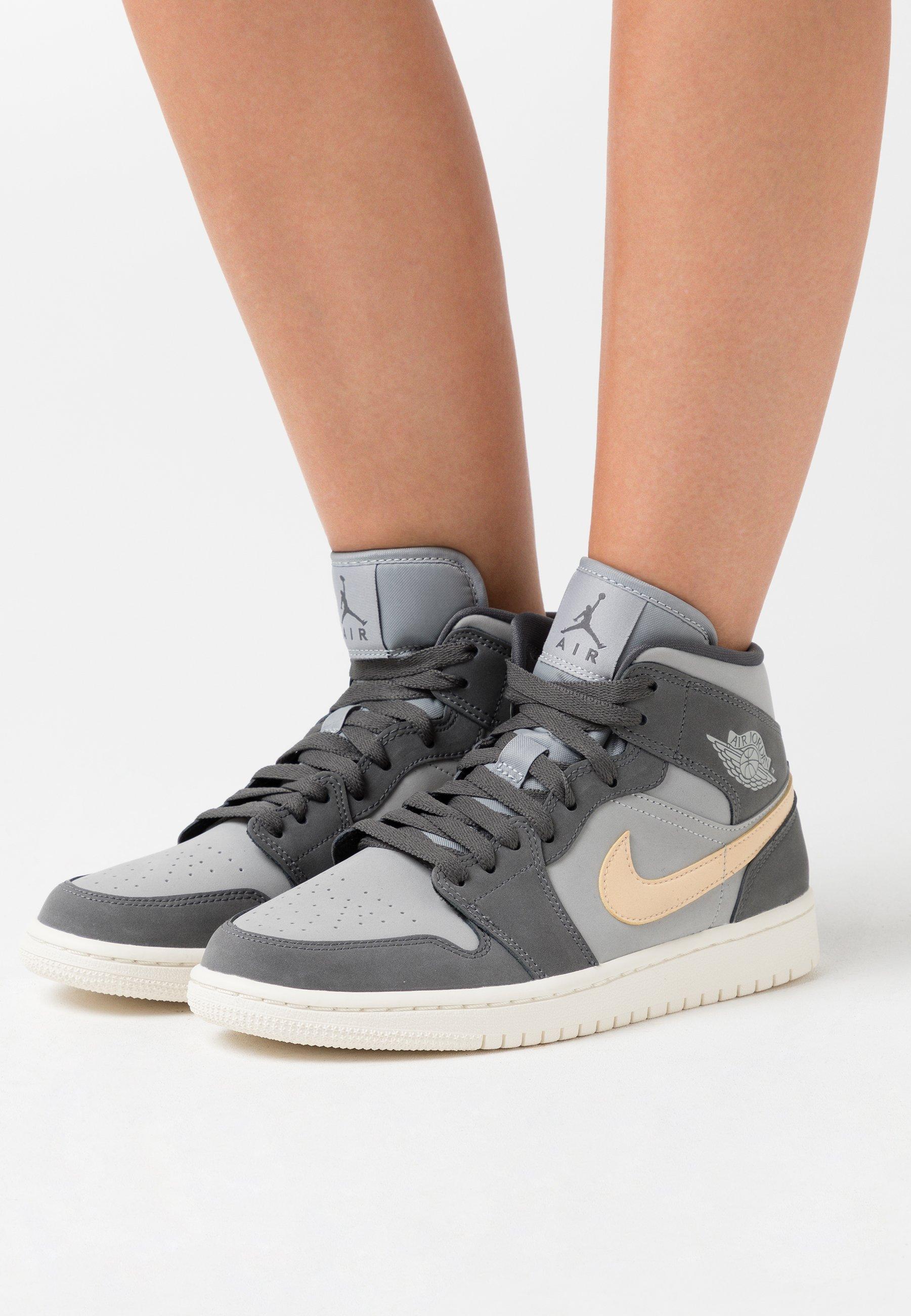 Jordan WOMENS AIR 1 MID - Baskets montantes - iron grey/white onyx ...