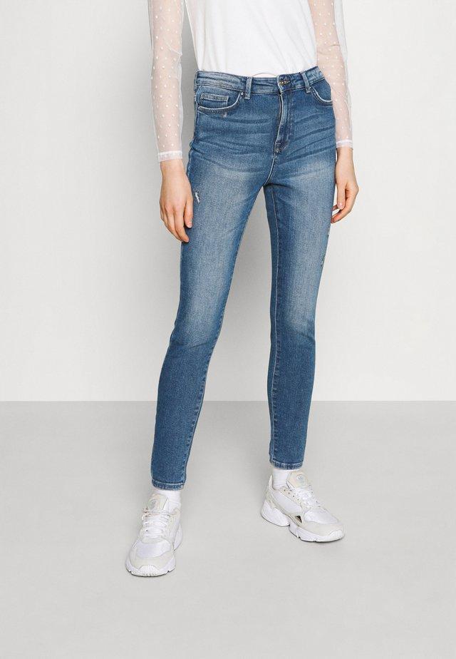 ONLBLAKE LIFE - Skinny džíny - light blue denim