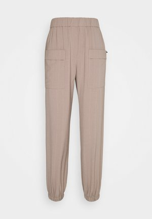 NUSTRIBY PANT - Trousers - tannin