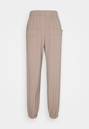 NUSTRIBY PANT
