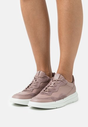 SOFT X - Sneakers laag - woodrose