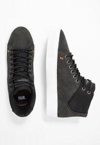 HUB - MURRAYFIELD - Sneakers hoog - black/white - 1