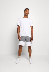 Nike Sportswear - Shorts - black/smoke grey/white - 1