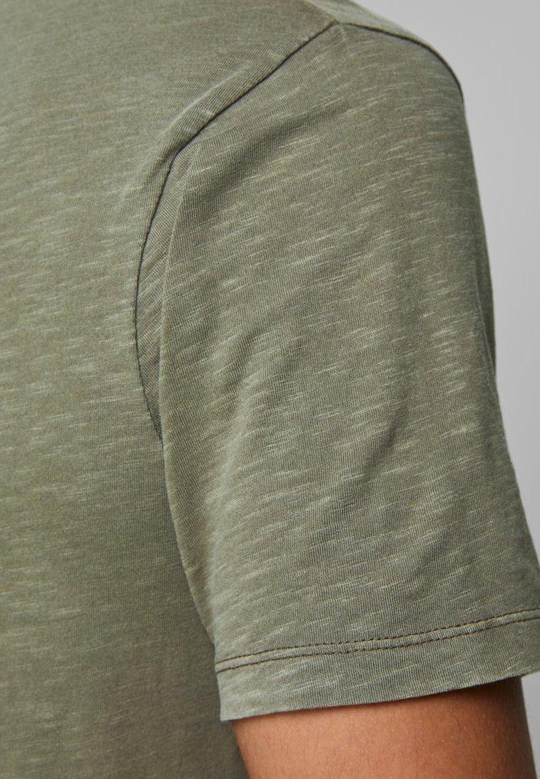 Jack & Jones Basic T-shirt - dusky green RIEoH