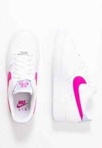 Nike Sportswear - AIR FORCE 1 - Joggesko - white/fire pink/hydrogen blue - 1