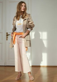 Oui - CULOTTE - Flared Jeans - peach whip - 4