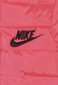Nike Sportswear - FILLED JACKET BABY - Winter jacket - racer pink/black - 3