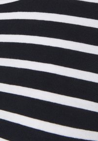 Tommy Hilfiger - COOL TEE - Jednoduché triko - desert sky/white - 5